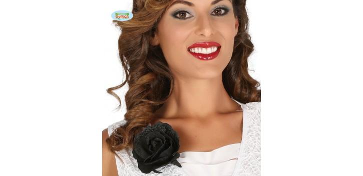 Flor negra con clip