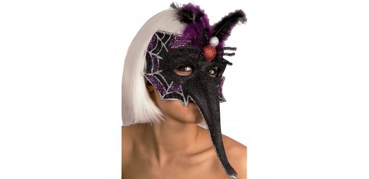 Máscara plumas y araña.